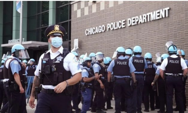 Chicago Set to Lose 50% or More of Police Force at Midnight Tonight as Police Union Calls Mayor's Bluff on Reporting COVID-19 Vaccine Status